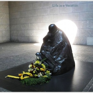 Mother and Dead Son, Berlin