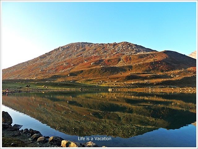 Nundkol Lake Mountain Reflection in Water