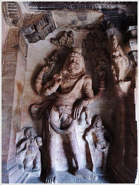 Badami-Cave3-Narasimha